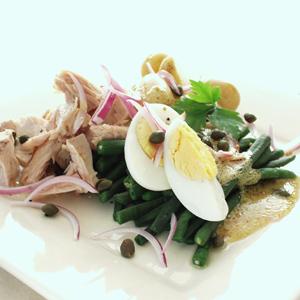 Bønnesalat med tun og kartofler
