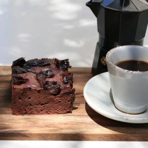 Chokoladekage med svesker