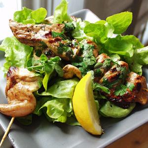 Kyllingespid med salat