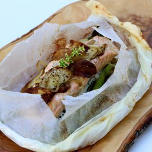 Laks med asparges og Shiitakes svampe