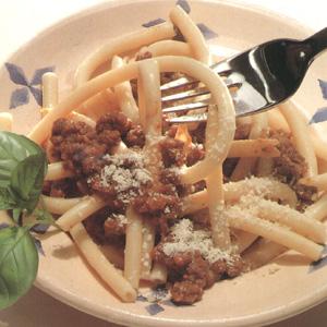 Makaroni med bolognesisk kødsauce