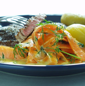 Rib-eye steak med flødegulerødder