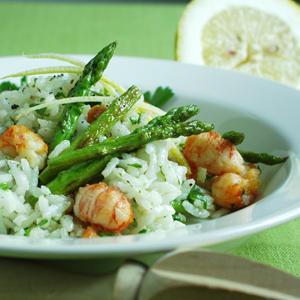 Risotto med hummerhaler og grønne asparges