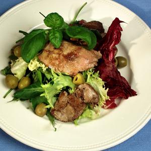 Salat med andelever og oliven
