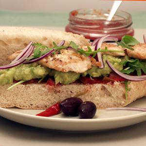 Sandwich med kylling og guacamole