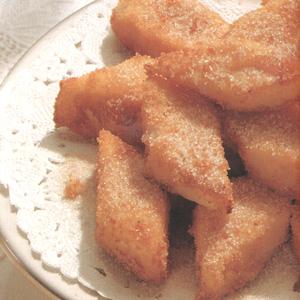 Søde bagte cremekager