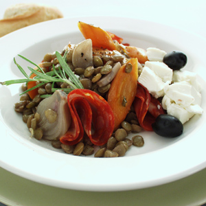 Varm linsesalat med chorizo og rosmarin